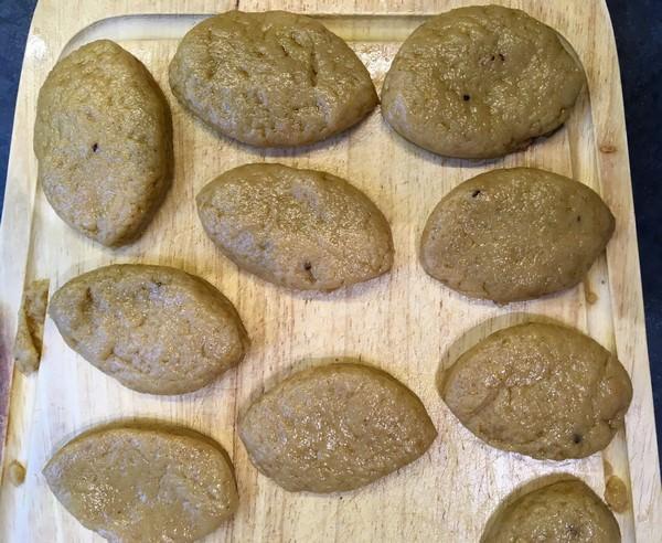 Melomakarona avant cuisson