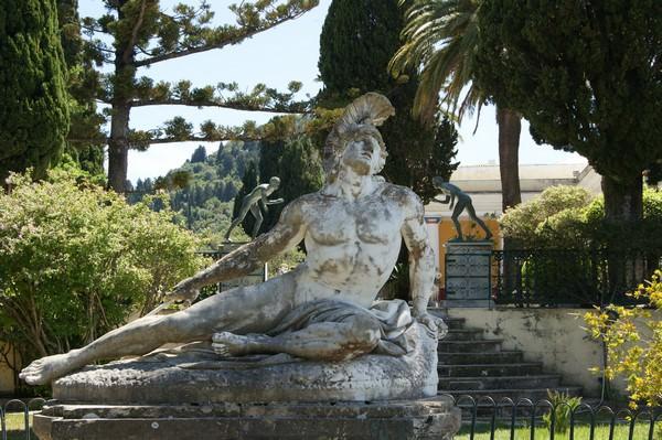 Statue d'Achille