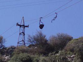 Le téléphérique de l' émeri à Naxos