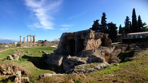 Entrée de la Corinthe antique