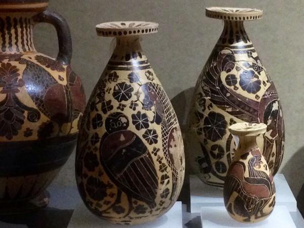Poteries antiques de Corinthe