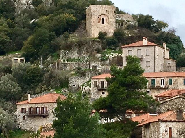 Le village de Karitaina